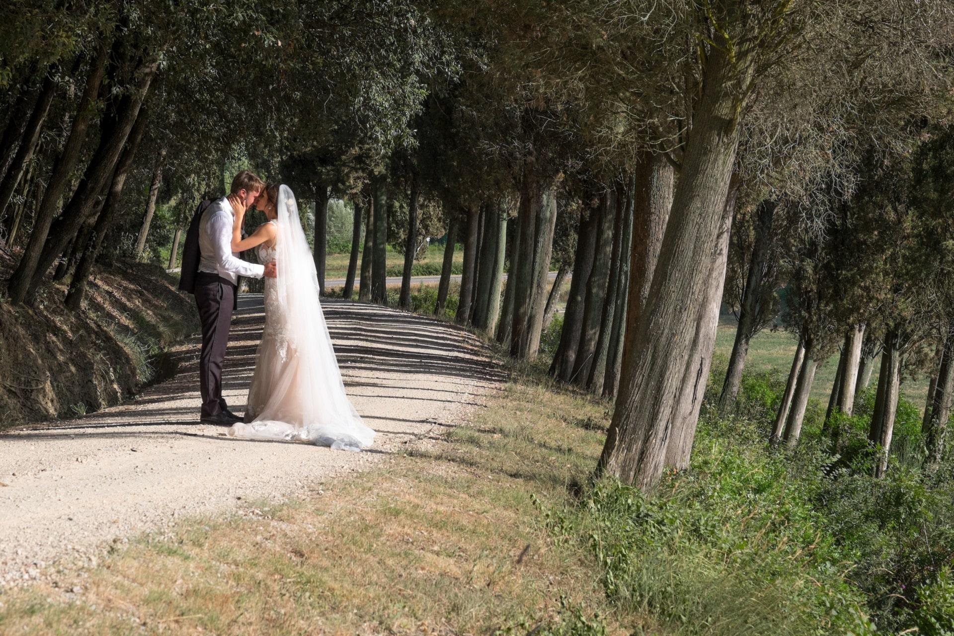 Just Married - Studio Fotografico Livorno background image